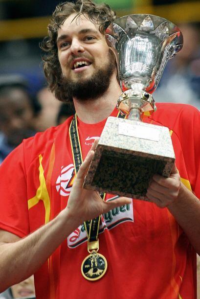 En 2006 conquistó el Campeonato del Mundo con España.