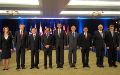 Barack Obama con algunos de los representantes de países Parte del TPP.