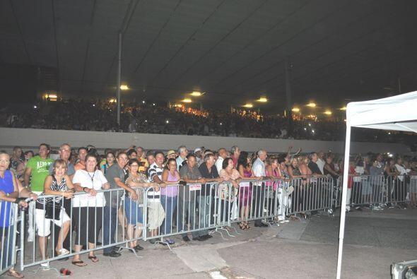 Más de 10 mil personas presentes vitorearon a GuillermO Rigondeaux. (Cor...