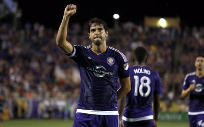 De la mano de Kaká Orlando City consiguió un triunfo vital...