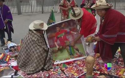 Chamanes peruanos predijeron quien se llevará la copa en el Mundial Bras...