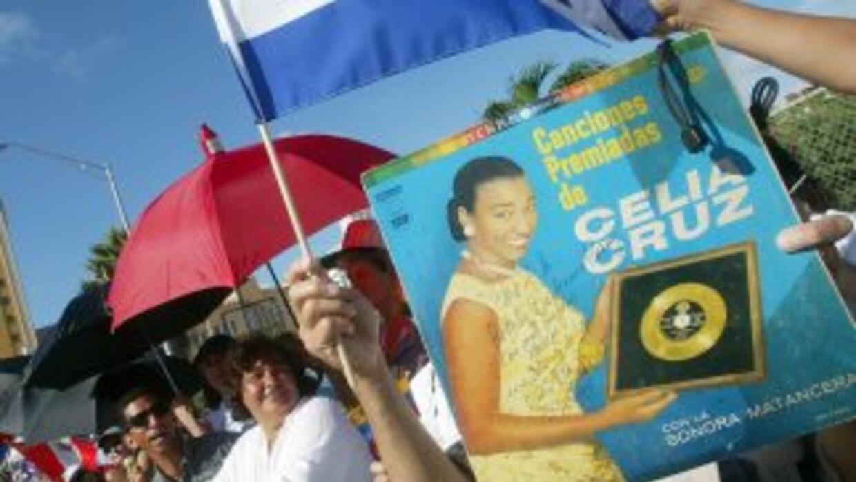 La cantanteCelia Cruz, símbolo del exilio cubano, podría volver a sonar...