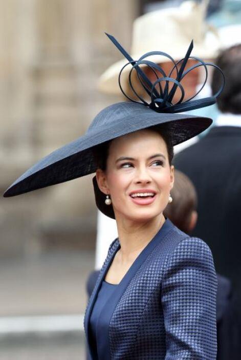 Sophie Winkleman parecía que traía una especie de platillo. Un sombrero...