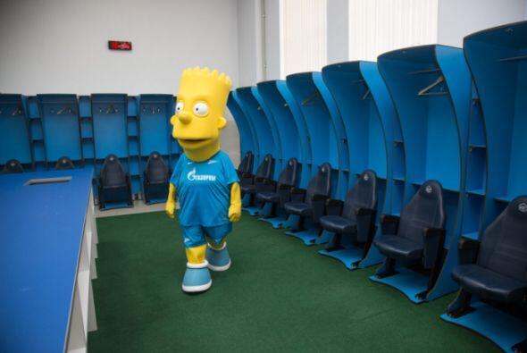 Recorrió las instalaciones del Zenit.
