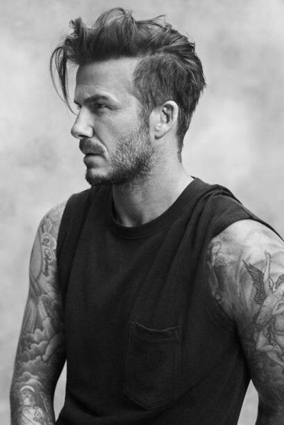 David Beckham ya no sólo es apasionado del fútbol, sino también de la mo...