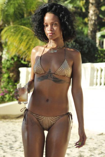 Ahí lució un espectacular bikini. Mira aquí los vid...