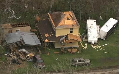 Así quedó el suroeste de Houston tras el paso de varios tornados