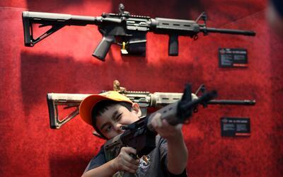 Portar armas, uno de los derechos más polémicos en la sociedad estadouni...