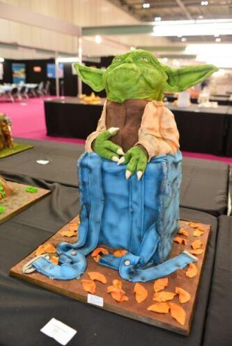 Aquí tienen un pastel para los fanáticos de la saga 'La guerra de las Ga...