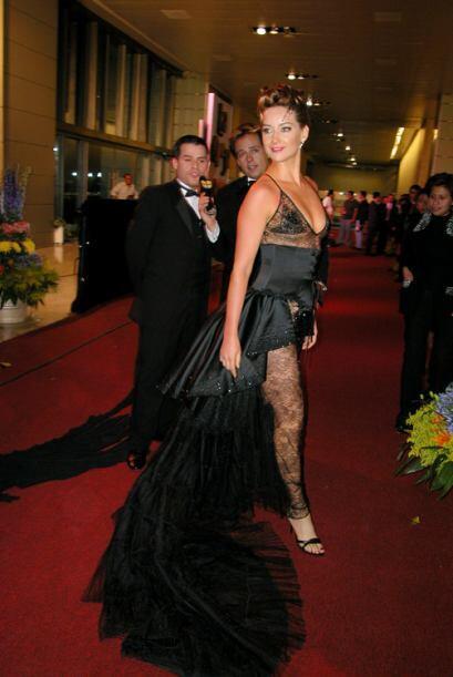 Susana González se gana el premio. Es posiblemente el vestido mas...