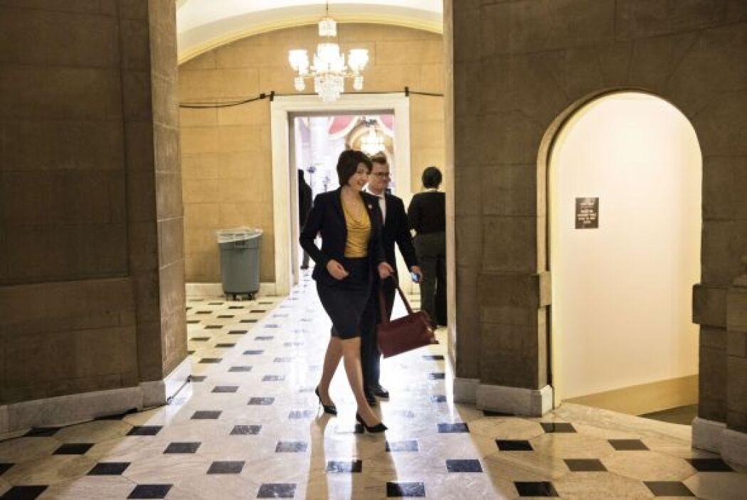 Minutos antes, la republicana Cathy McMorris Rodgers caminaba para regis...