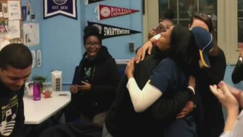 Madre inmigrante ve cumplido uno de sus grandes sueños a través de su hijo