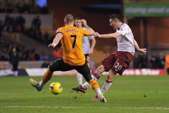 ASton Villa levantó ante el Wolverhampton y se llevó un im...