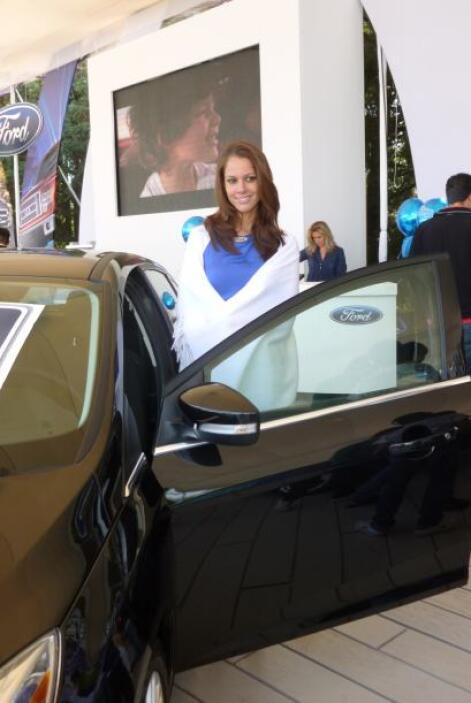Una sonrisa muy coqueta para acompañar a los nuevos productos de Ford.