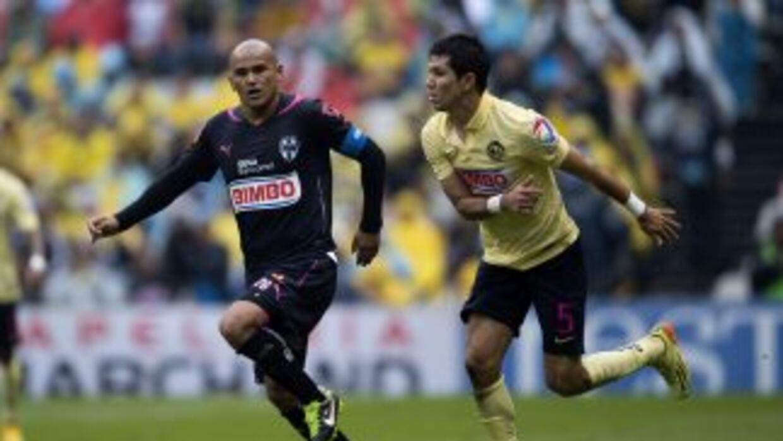 Humberto Suazo y Jesús Molina.