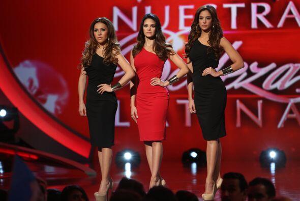 En esta ocasión, las tres chicas que tuvieron que estar en la línea de j...