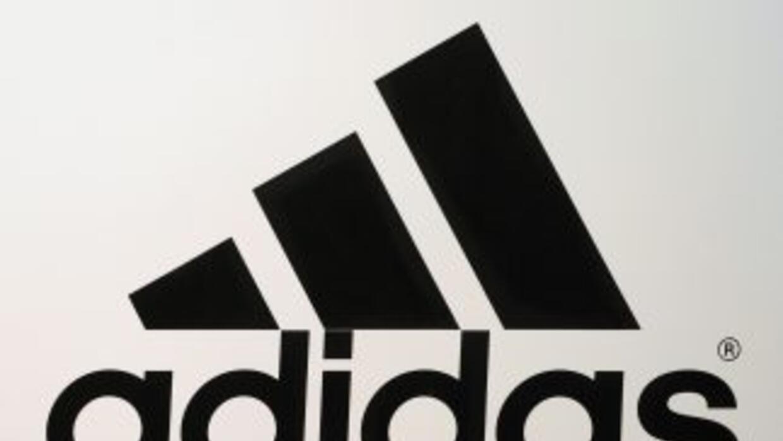 El fabricante de prendas deportivas Adidas anunció la renovación de su c...