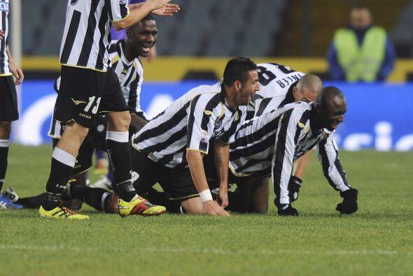 Udinese le ganó a la Fiorentina por 2 a 1 y sumó 3 puntos...
