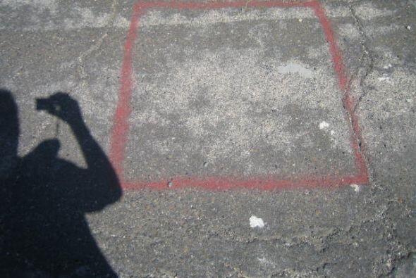 En este cuadro rojo es donde el camarógrafo tiene que pararse y n...