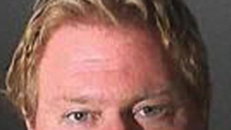 El director deportivo de la preparatoria de West Adams es sospechoso de...