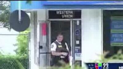 Una empleada del Check Cashing Store de Ft. Lauderdale murió en una bala...
