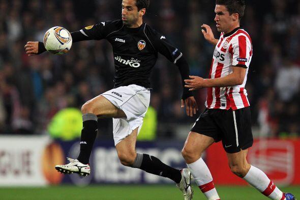 Los valencianos defendieron muy bien su ventaja y al no permitir gol est...
