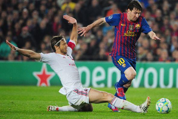 En una jugada que dividió muchas opiniones, el árbitro marcó un penalti...