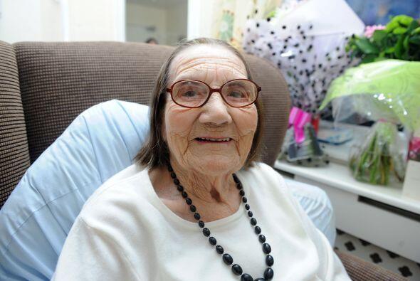 A sus 104 años Freda no es como todas las abuelitas que tienen un...