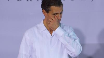 Impiden a una mujer entregar una nota a Peña Nieto