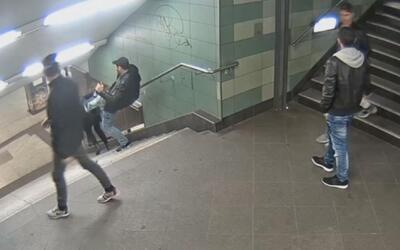 Brutal agresión a una mujer en el metro de Berlín