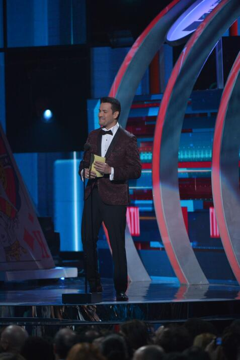 El salsero puertorriqueño Víctor Manuelle presentó a los nominados al Pr...