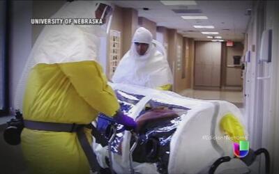 El médico de EEUU infectado con ébola está mejorando