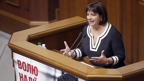 Natalie Jaresko, exministra de Finanzas de Ucrania, fue nombrada como di...