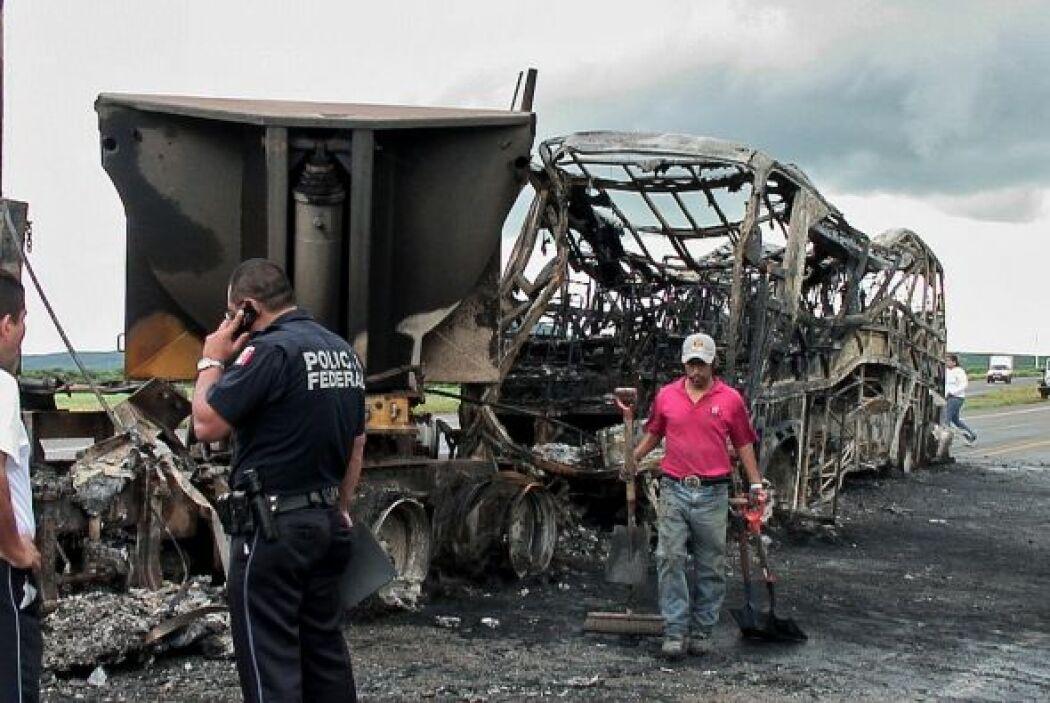 Por lo menos 13 personas murieron y 11 tienen heridas graves.
