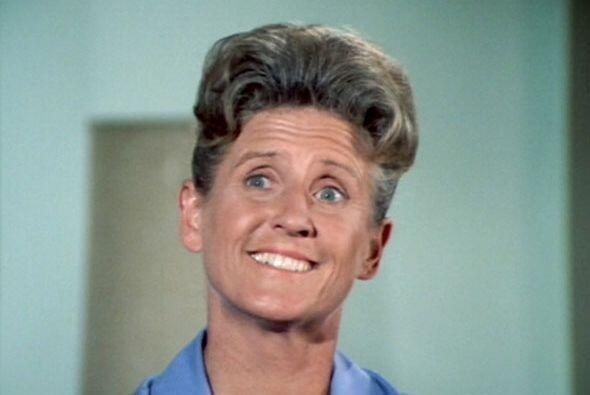 Ann B. Davis, quien interpretara a Alice, la ama de llaves en el clásico...