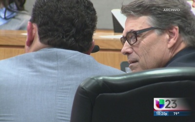 Ex gobernador Perry a la Corte