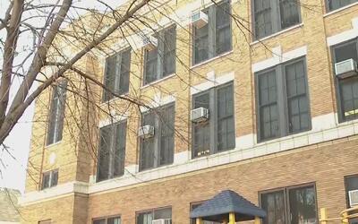 Padres denuncian problema de chinches en la escuela primaria Douglas Taylor
