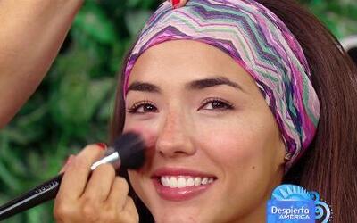 Trucos de belleza para lucir un maquillaje playero