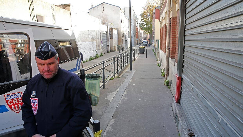Presencia policial en Saint-Denis.