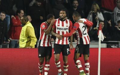 PSV vs. AZ