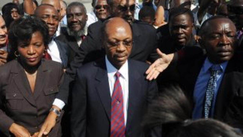 Expresidente Jean Bertrand Aristide no acude a declarar por una acusació...