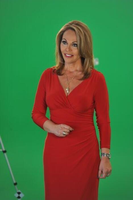 María Elena Salinas, co-presentadora del Noticiero Univisión, se sumó nu...