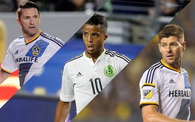 Robbie Keane, Giovani dos Santos y Steven Gerrard
