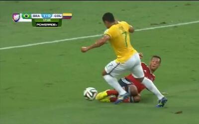 La jugada defensiva del día es para Colombia