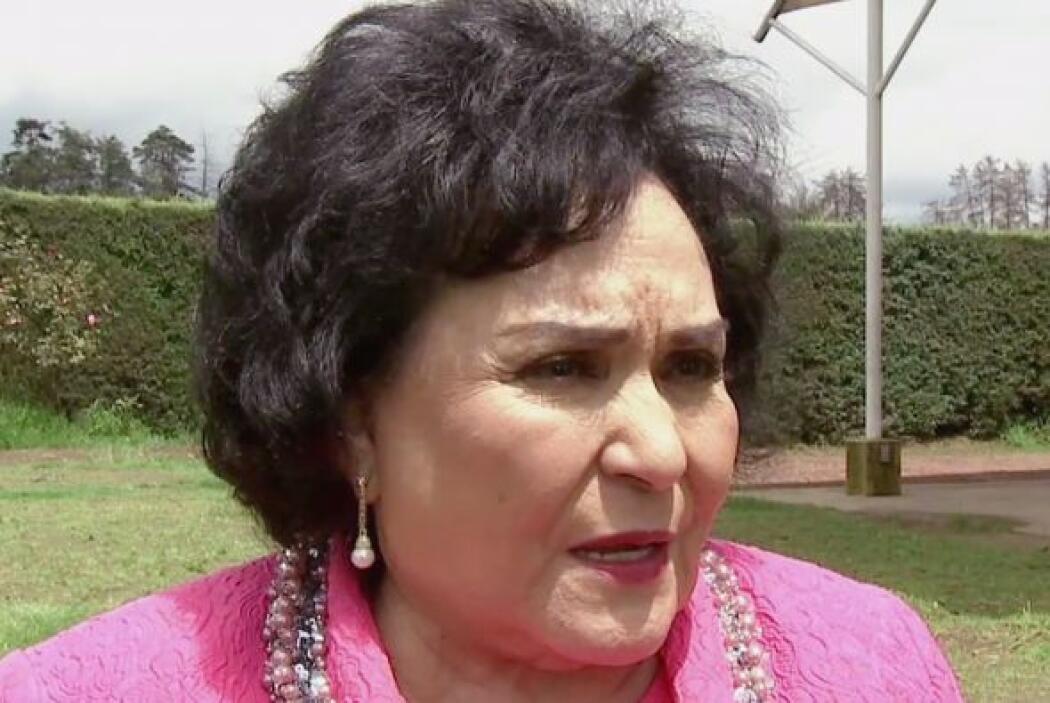 Sí, su hija es Mayrín Villanueva, ella la asesorará en todo lo posible.