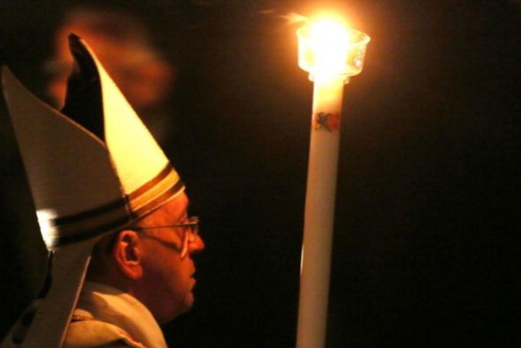 Por petición del pontífice, el inicio de esta solemne y sugestiva ceremo...