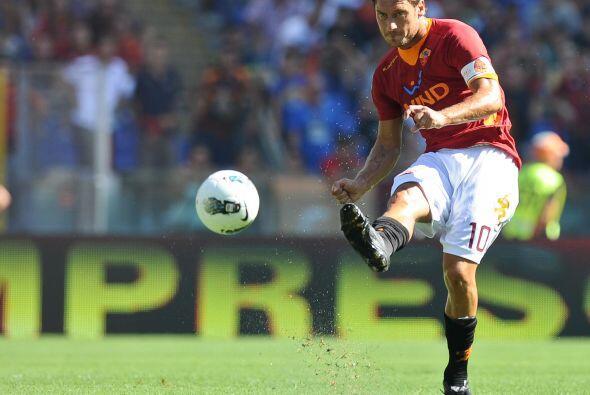 La Roma, tras semanas de críticas, jugaba ante el Cagliari.