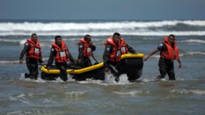 Uniformados en las playas de Guatemala. (Imagen de Archivo).