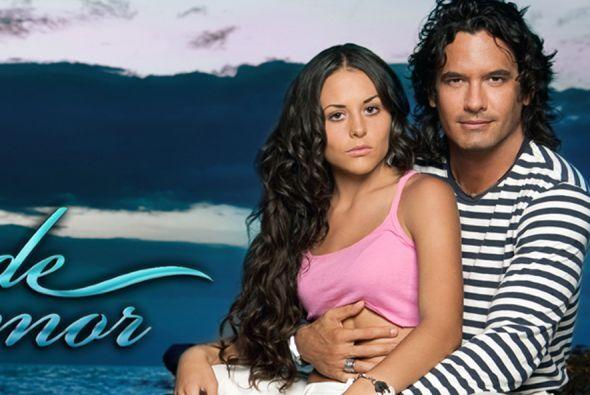 """Zuria Vega y Mario Cimarro protagonizaron """"Mar De Amor"""" el remake de la..."""