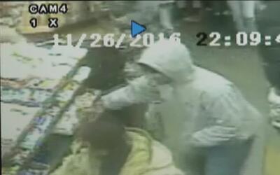 Jóvenes usan nueva tendencia en internet para robar una tienda